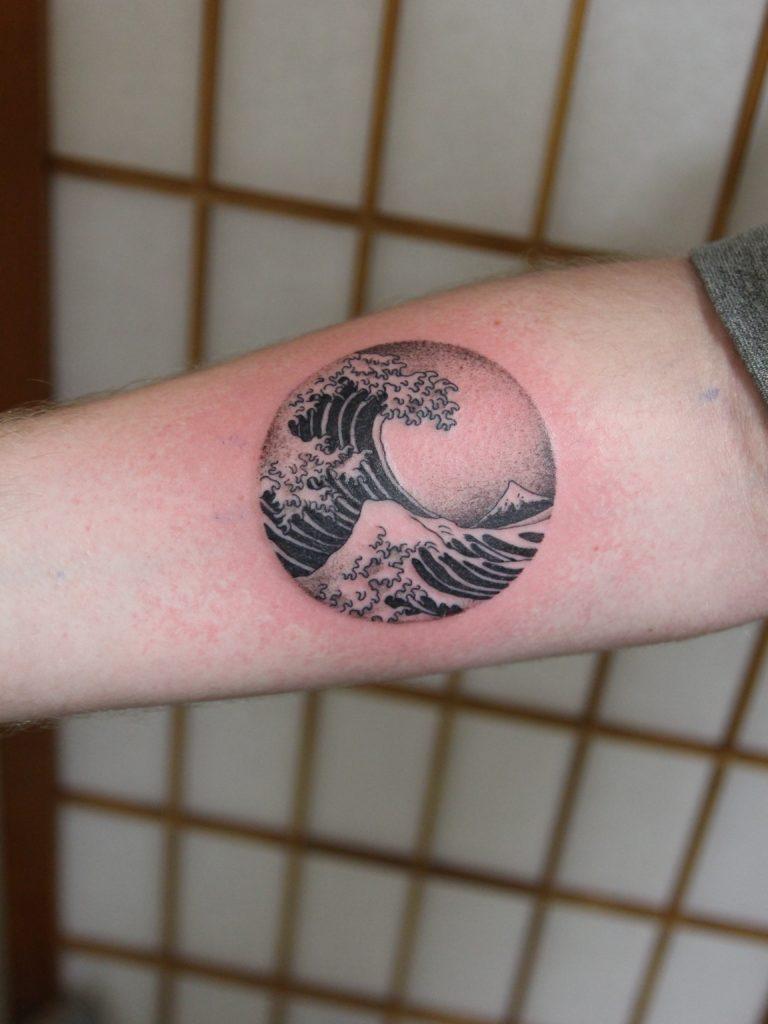The Great Wave Of Kanagawa Tattoo Variations Japan Tattoo Studio In Tokyo