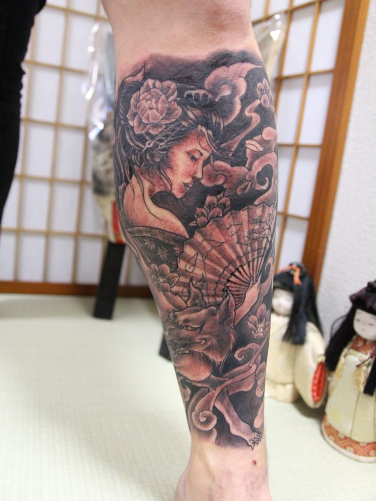 Realistic tattoos at Japan Tattoo
